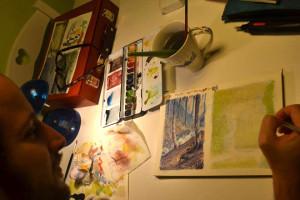 Luca Saponti al tavolo da disegno
